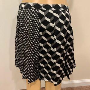 Halogen multipattern skirt with 3D prints